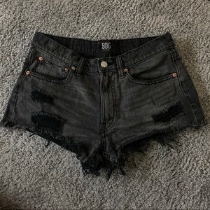 UO BDG Essential Distressed Mid-Rise Shorts